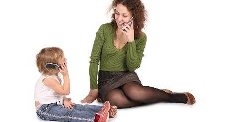 Evita los obstáculos del lenguaje para ayudar a tu hijo a aprender a hablar más rápidamente.
