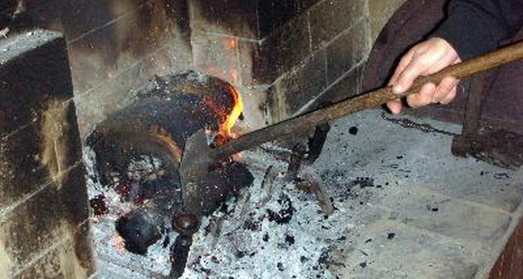 El fertilizante de potasio o potasa, es derivado de ceniza y salitre de madera.