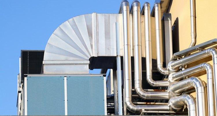 Los calentadores ambientales eléctricos se conectan a tomacorrientes existentes.