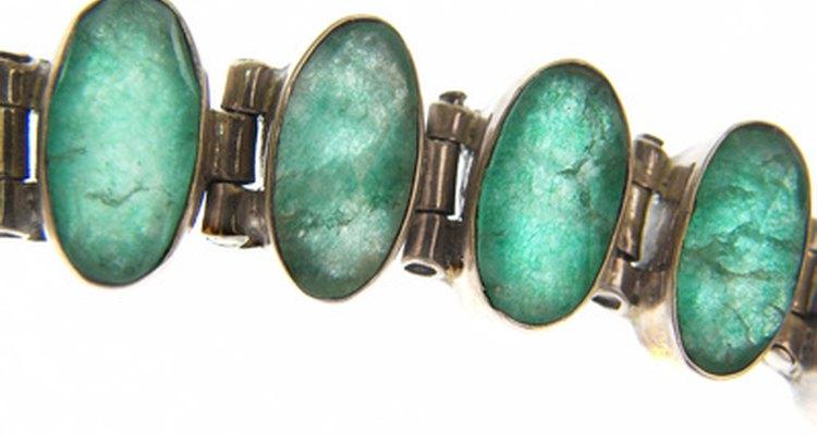 La piedra de esmeralda es muy significativa en varias culturas.