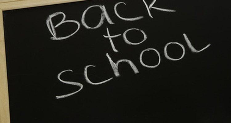 Las asambleas que abarcan a toda la escuela se realizan frecuentemente al comienzo del nuevo año escolar.