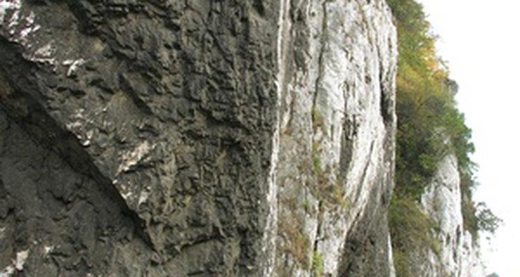 Limestone is a common sedimentary rock.