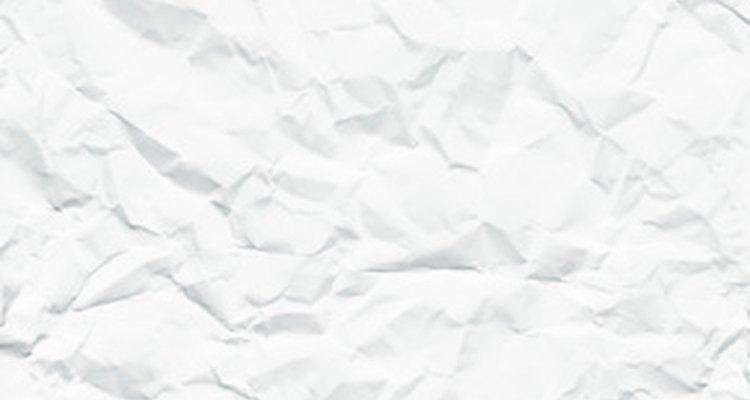 Você pode usar papel de impressão antigo para a sua montanha