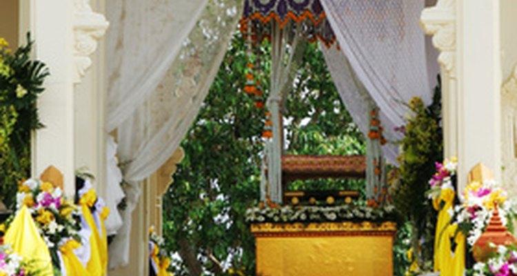 Notas de agradecimento de funerais mostram gratidão àqueles que compareceram à cerimônia
