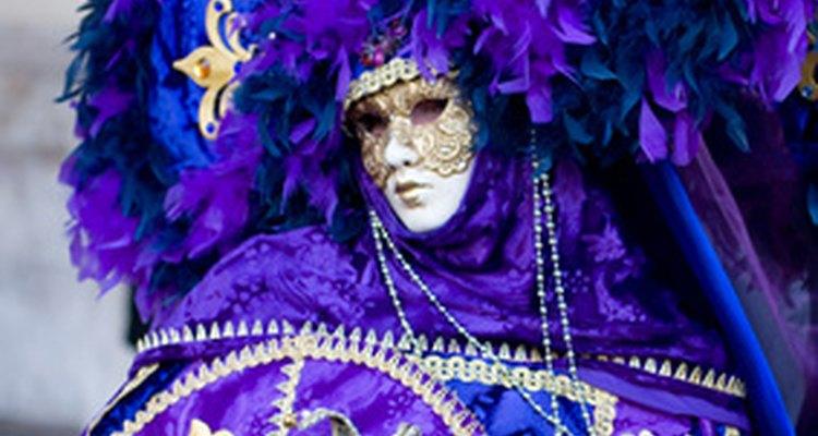 El atuendo de Mardi Gras puede ser un tanto elaborado.