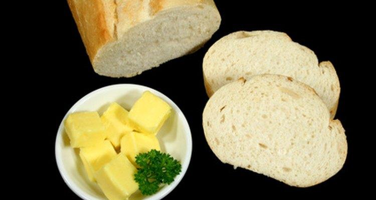 Pães brancos são alimentos processados e menos saudáveis que os integrais