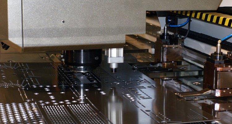 La suficiente lubricación asegura que una fresadora funcione correctamente.