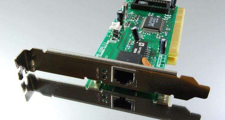 As placas de rede possibilitam que você acesse redes, incluindo a internet