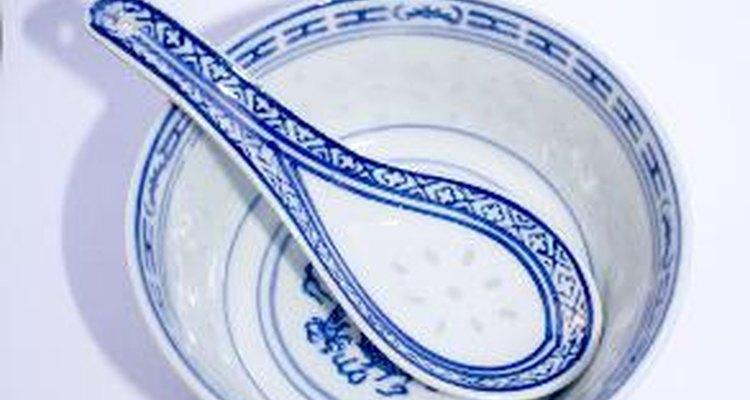 La porcelana azul y roja fueron los primeros colores utilizados.