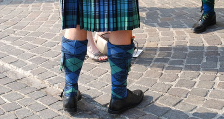 O kilt escocês é parte do vestuário tradicional das Terras Altas