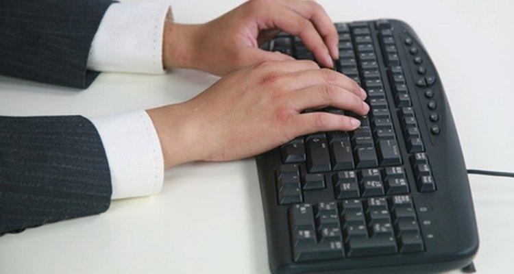 El gerente de asuntos corporativos es responsable de todas las comunicaciones internas y externas.