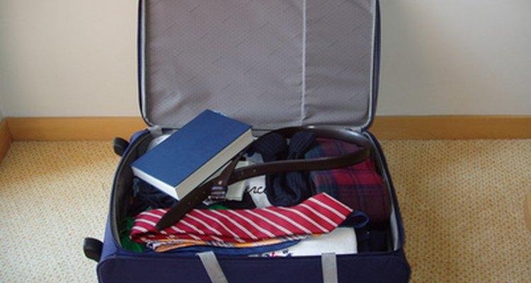 Uma mala nova tem um odor que pode ser transferido para a sua roupa