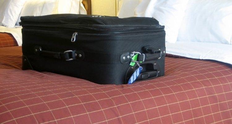 As travas TSA são usadas em bagagens e podem ser abertas pela segurança do aeroporto