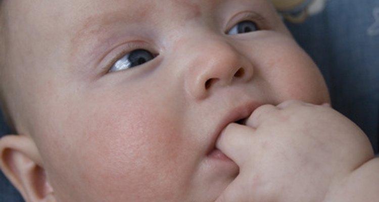 Facilita el ingreso de tu bebé a una guardería al hacer varias visitas antes del día de inicio formal.