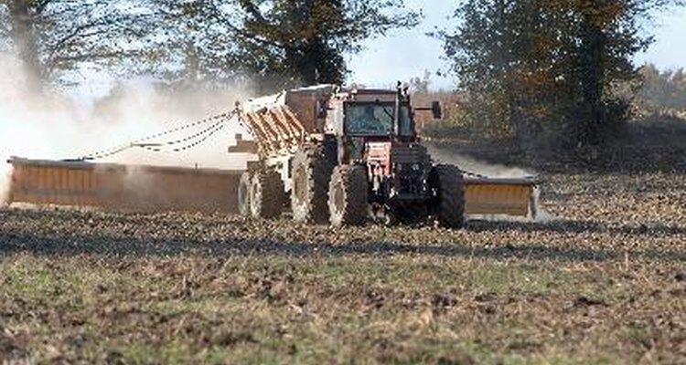 A ureia é amplamente utilizada no setor da agricultura como fertilizante