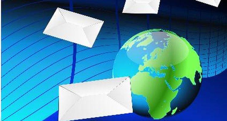 Revisa el correo electrónico para cualquier error de ortografía o gramaticales.