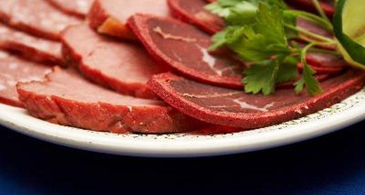 Una vez que los paquetes se abren, el oxígeno comienza a deteriorar la carne rápidamente.