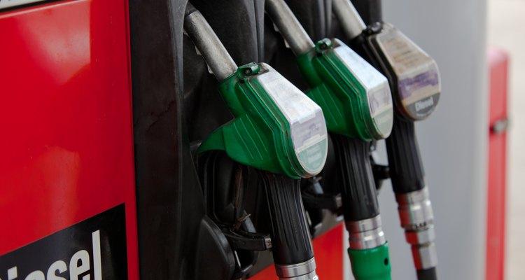 Administra racionalmente el consumo de combustibles fósiles.