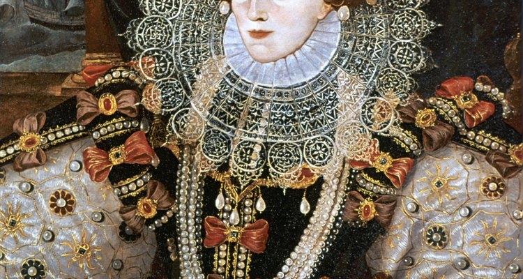 Muitas mulheres do período renascentista copiavam o estilo das roupas usadas pela Rainha Elizabeth I