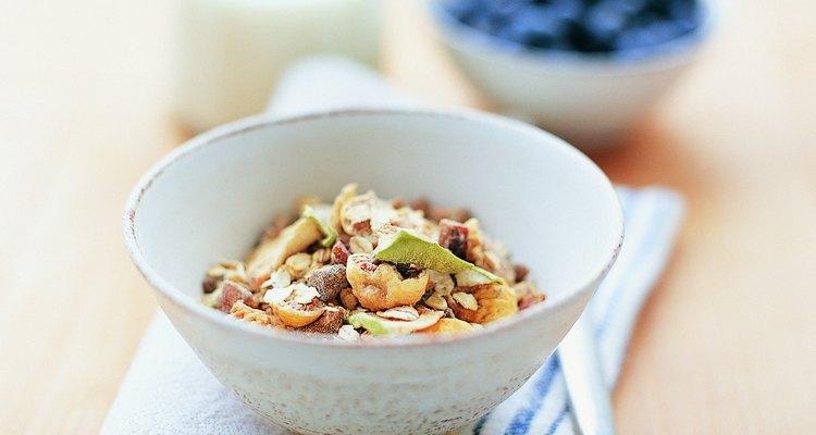 Opta por los mejores cereales integrales para el desayuno cotidiano.