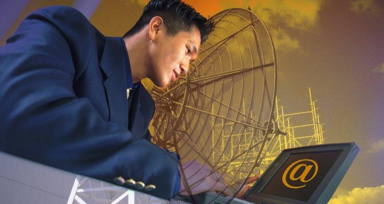 Um extensor caseiro de alcance Wi-Fi funciona com o mesmo princípio que uma grande antena parabólica