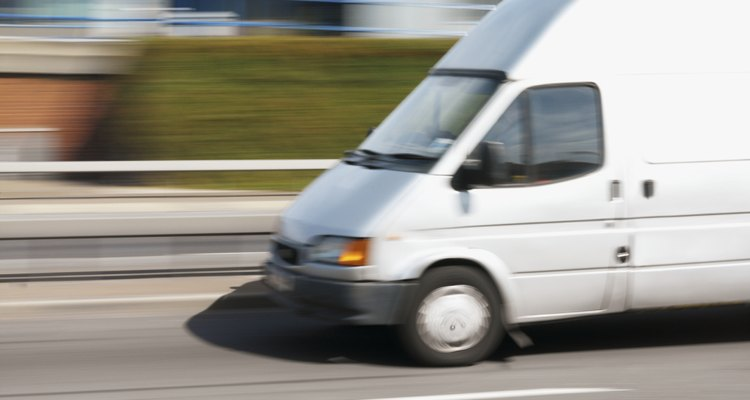 Tranformar sua van em um motorhome é um projeto gratificante e que economiza dinheiro
