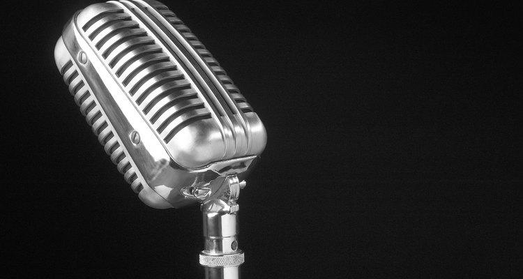"""O efeito """"Alterar o tom"""" pode aumentar o tom da voz masculina em uma gravação"""