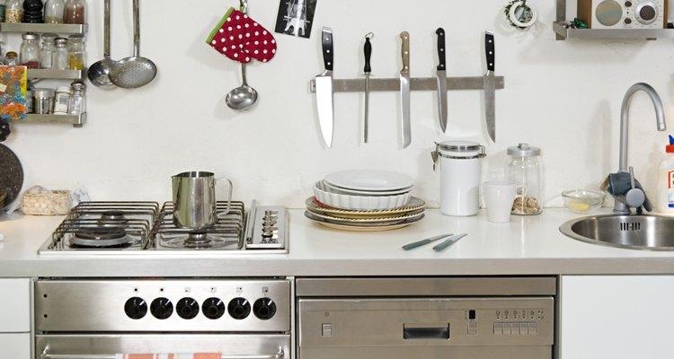 Los que viven en un espacio especialmente apretado pueden querer un lavavajillas se pueda conectar a su grifo de la cocina.
