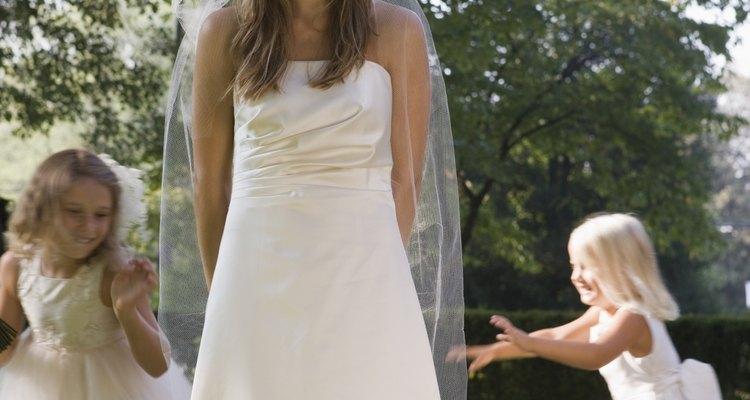 El invitar o no a los niños a tu boda es una desición personal.