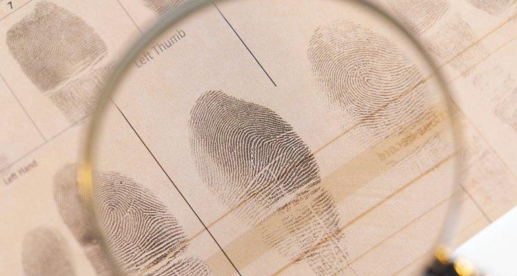 Identificar a las personas usando los patrones de las huellas digitales es una parte importante de la investigación criminal.