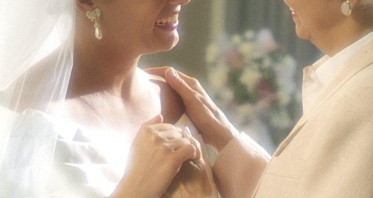 Los vestidos con mangas añaden una apariencia madura y conservadora.