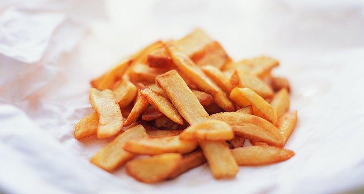 El chimichurri es lo que les dará a las papas el sabor indicado para acompañar con un plato de carne.