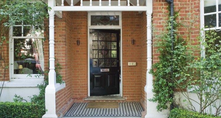 Es posible redecorar tu entrada para mejorar la apariencia general de tu casa.