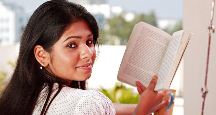 Livros são excelentes fontes de aprendizagem e relaxamento