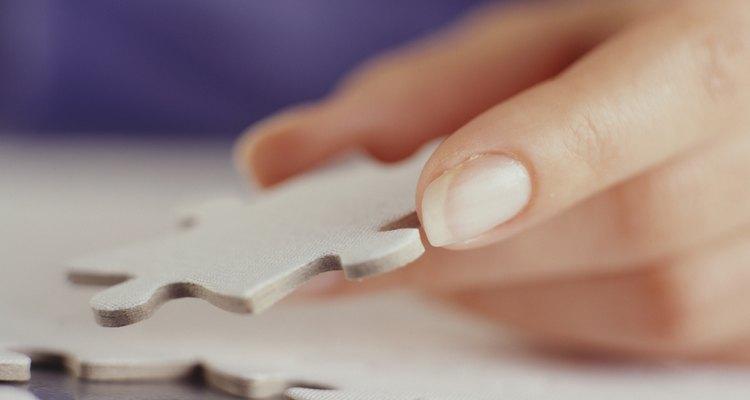 Los rompecabezas proporcionan a los preadolescentes una actividad tranquila que estimula su mente.