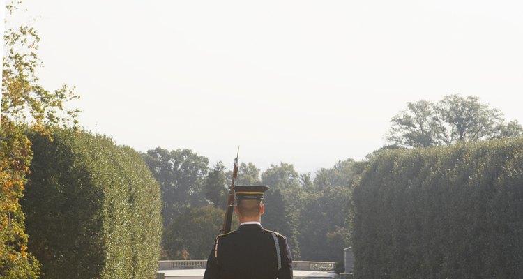 La carrera militar puede ofrecer mucho más que simplemente satisfacción personal y profesional.