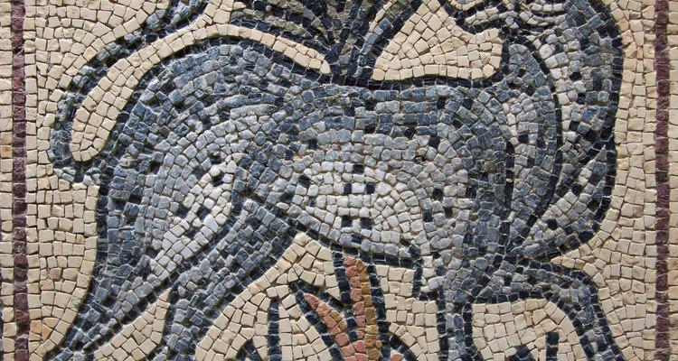 Mosaico antigo de um guepardo