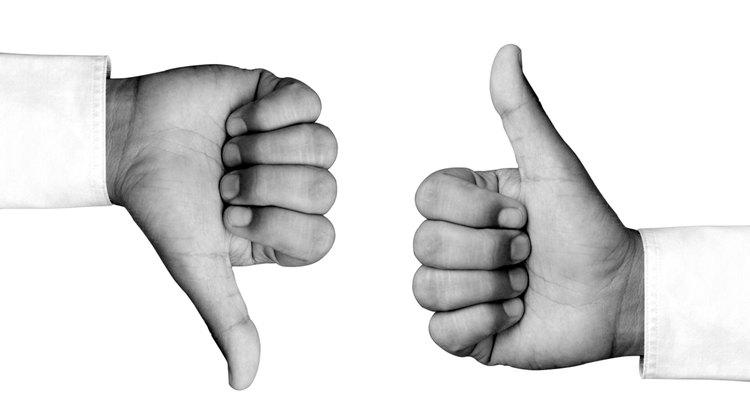 Observe sinais que indicam artrite nas mãos