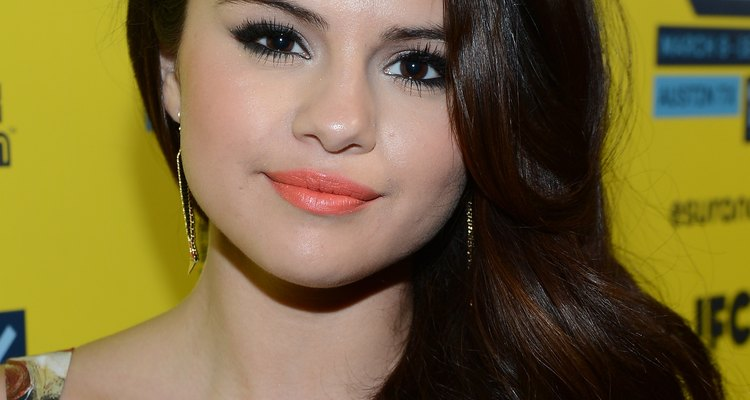 Selena Gómez y sus labios naranja.
