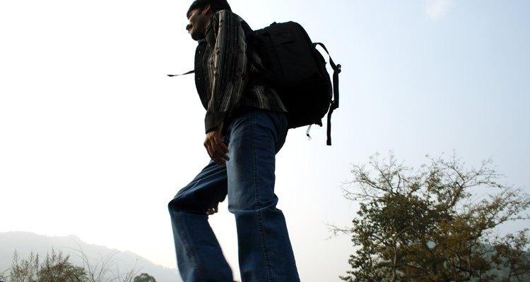 Puedes hacer senderismo u otro tipo de actividades en los campamentos de Shenandoah River State Park.