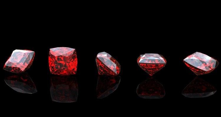 Garnet. Jewelry gems