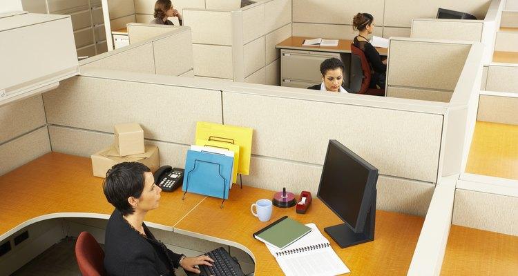 Agregar color a espacios de trabajo que no dicen nada puede mejorar la productividad y los estados de ánimo de los empleados.