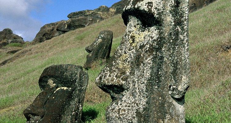 The majority of moai are found on the southeastern coast of the island.