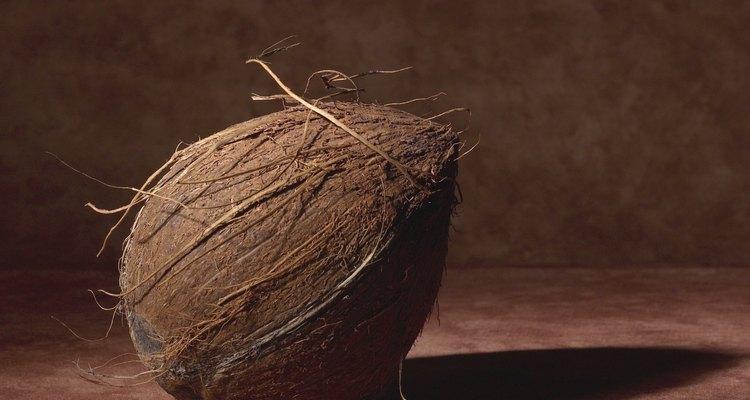 Utiliza un coco para una mesa de artesanías.