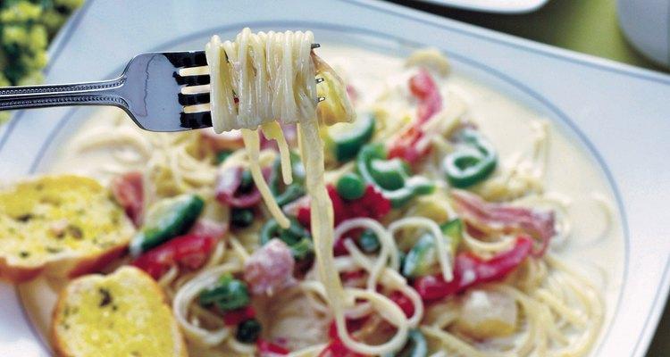 Los espaguetis son una sustanciosa y sabrosa opción para una cena vegetariana.