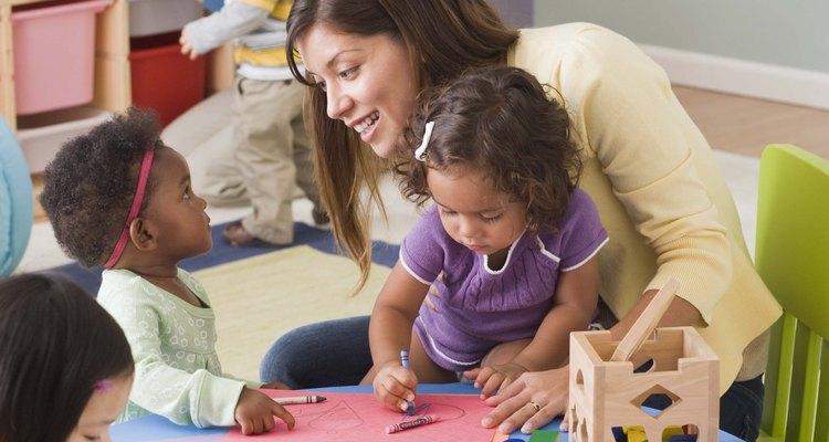 Salas de jardim de infância e primeiras séries geralmente são bastante claras e coloridas