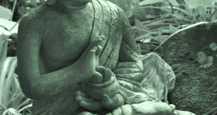 El budismo toma su nombre de su fundador, Siddhartha Gautama, un príncipe indio nacido aproximadamente 500 años A.C.