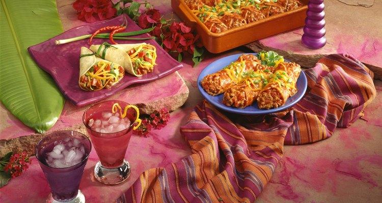 O guacamole acrescenta sabor e umidade a um burrito
