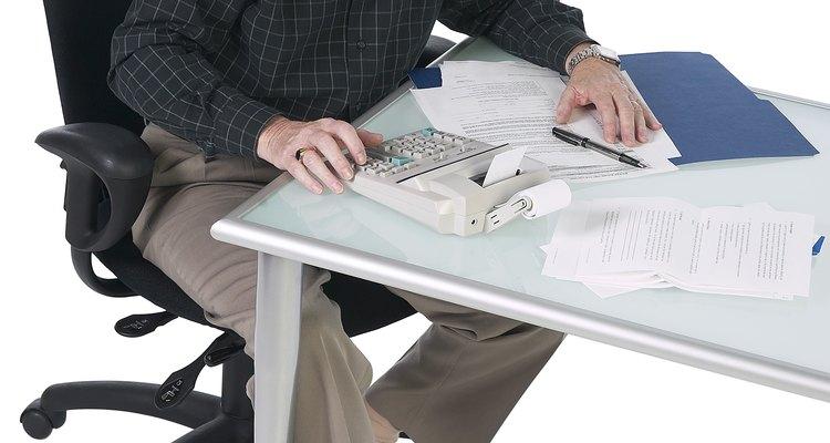 Los analistas financieros necesitan tener una gran habilidad con los números y estar informados de las tendencias de inversión.
