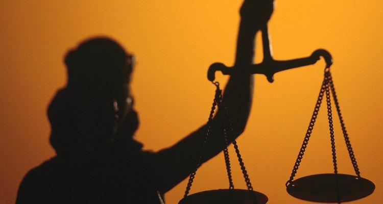 Considera seriamente cualquier acuerdo fuera de los tribunales con la compañía de seguros.
